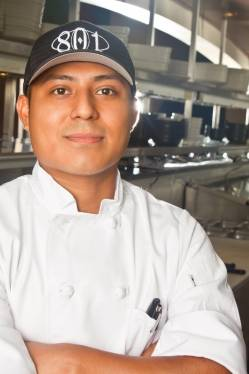 Hugo Xolo - 801 Chophouse Kansas City